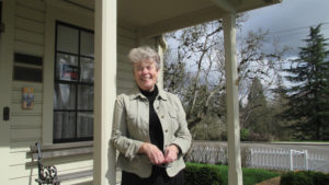 Jane Fellows, the actor who portrays Lou Hoover in First Lady Lou, visited the Museum