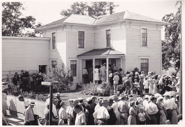 Hoover Minthorn House Dedication